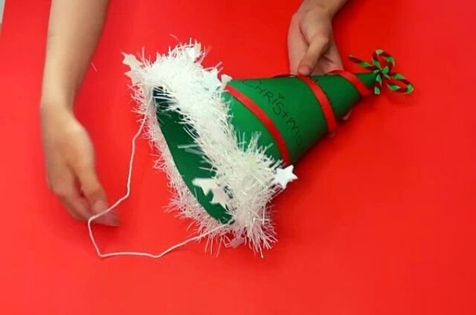 How to Make Simple Christmas Craft Hats