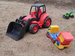 best sand table for toddlers
